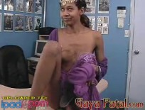 Hindu Girl Visits The Office,ipad2,free