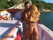 estupro no barco(gabi gomes) - Hardcore sex video
