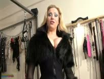 HOT FUR MISTRESS