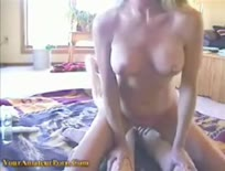 Busty girlfriend takes it stiff up the ass - KeezMovies.com