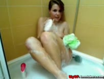Cam; Kelly Semo in Shower