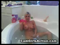 Cam  Cam girl action in the bath