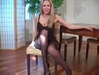 Blonde Talking Dirty in Her Pantyhose,ipad,tube,free,