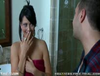 Brunette MILF Zoey Does the Plumber - Part 1,ipad,tube,free,